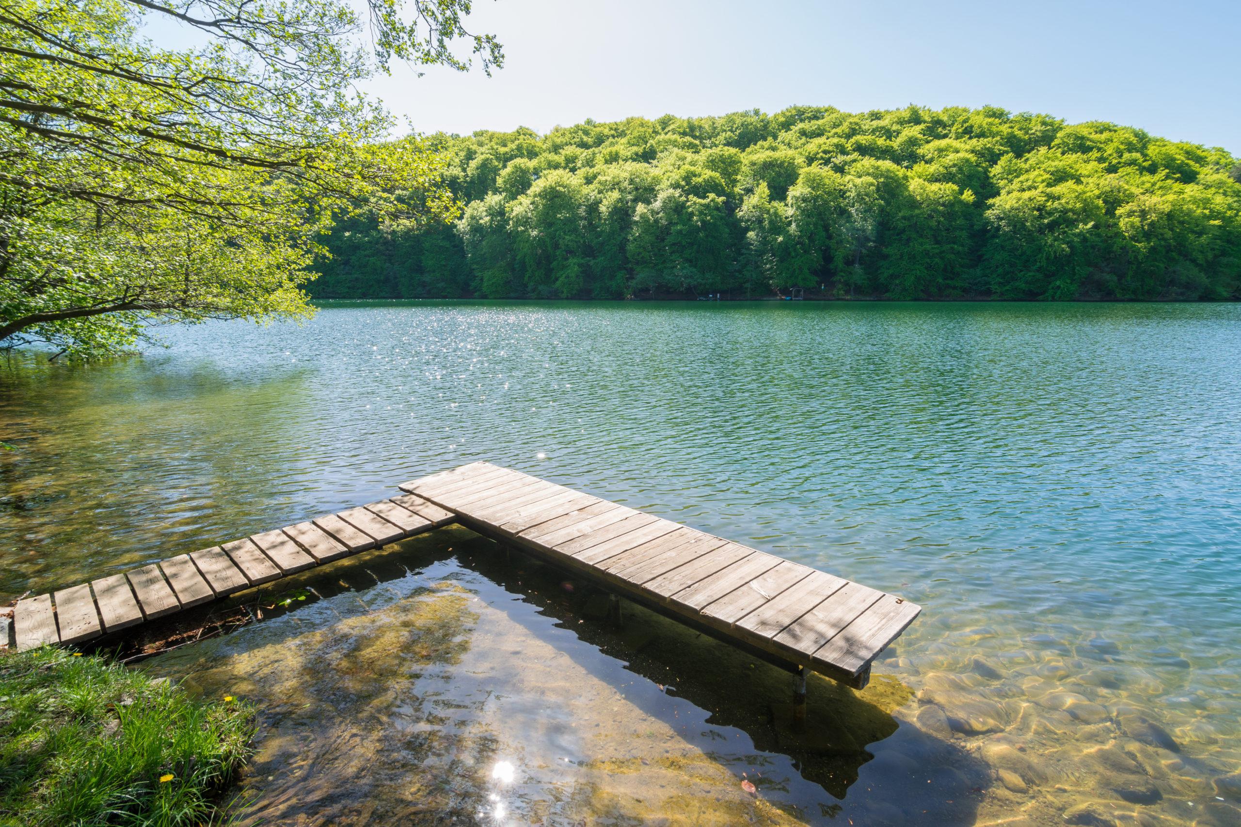 Sommerurlaub Ostdeutschland: Steg am See in Feldberg - Mecklenburg Vorpommern