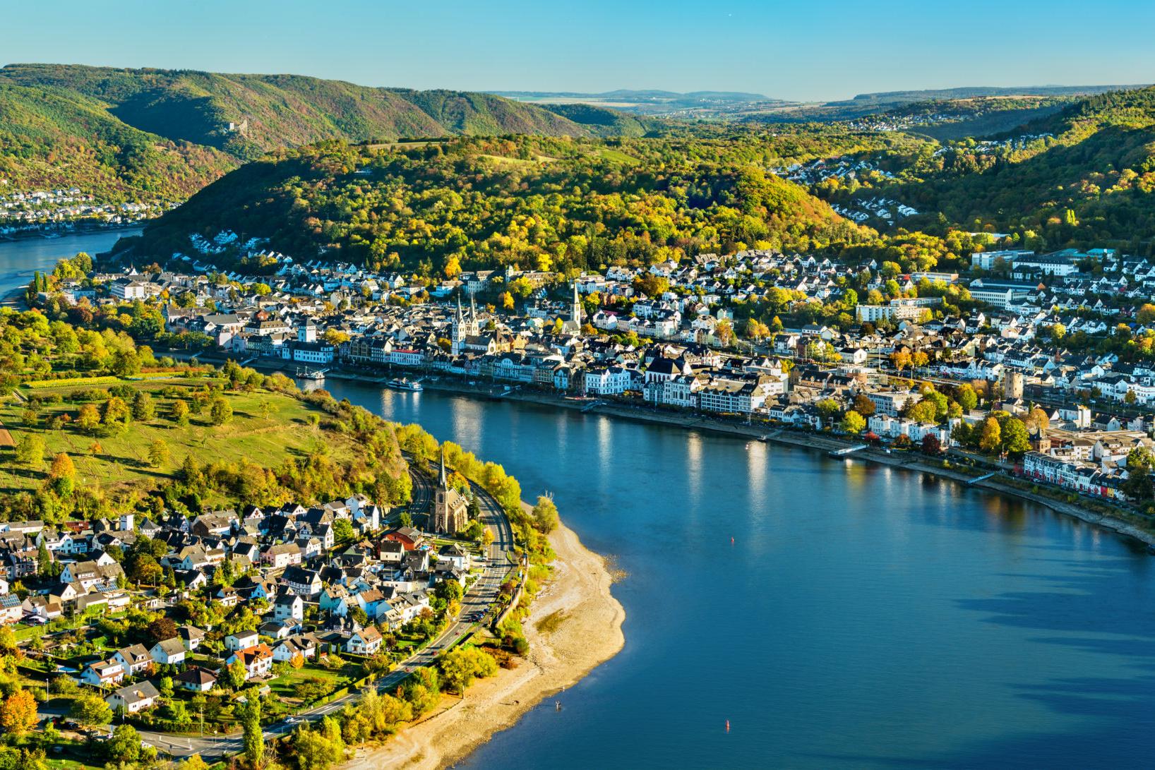 Sommerurlaub Westdeutschland: Rhein bei Boppard und Filsen