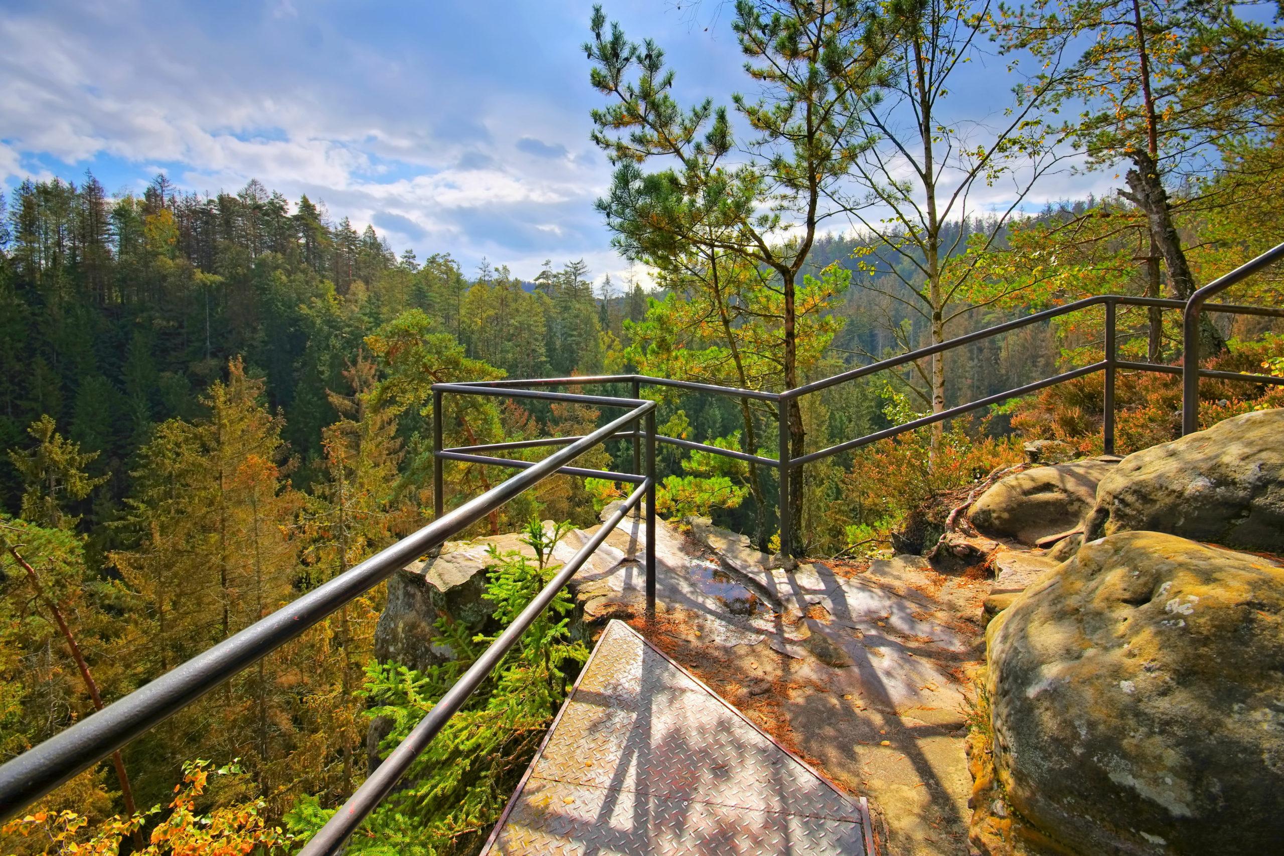 Sommerurlaub Ostdeutschland: Hermannseck Aussicht Kirnitzschtal, Saechsischen Schweiz