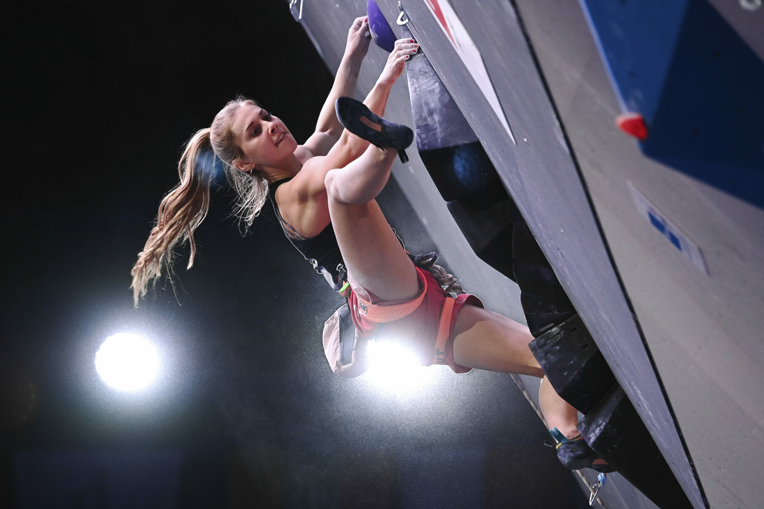 Russia Climbing Europe Championship 28.11.2020 Germany's Hannah Meul competes during the women's combined speed final stage at the Europe sport climbing championships, in Moscow, Russia. Grigory Sysoev / Sputnik