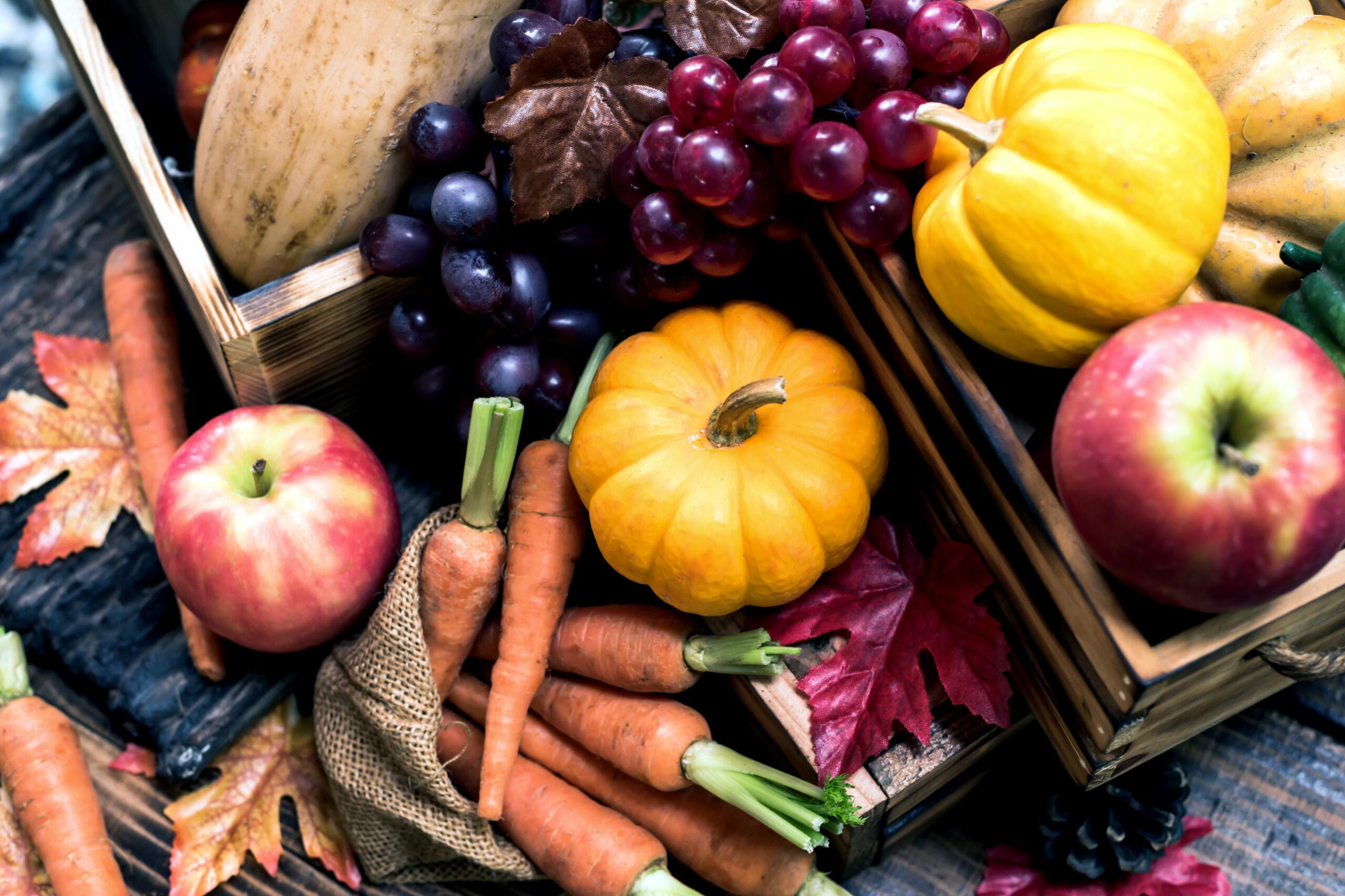 Vitamine für den Herbst: Saisonales frisches Obst und Gemüse
